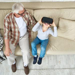 Toutes les générations autour de la réalité virtuelle
