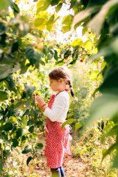 Jardin et enfant